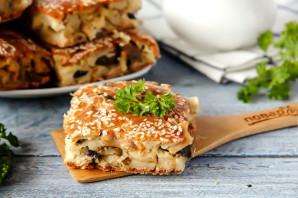 Заливной пирог с курицей и грибами - фото шаг 13