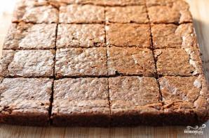 Шоколадные пирожные с теплым шоколадным соусом - фото шаг 3