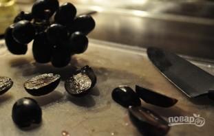 Салат с виноградом и копченой курицей - фото шаг 4