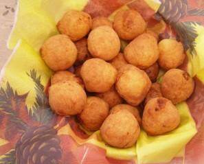 Творожные шарики, жареные в масле - фото шаг 12