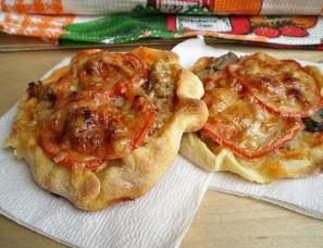 Пицца с фаршем и грибами - фото шаг 7