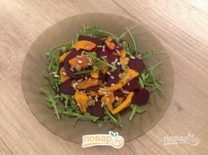Салат с запеченными тыквой и свеклой - фото шаг 7
