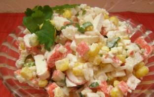 Салат из кукурузы и крабовых палочек по-домашнему - фото шаг 8