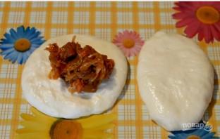 Жареные пирожки с капустой на кислом молоке  - фото шаг 6