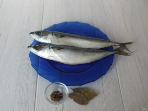 Скумбрия соленая в домашних условиях - фото шаг 1