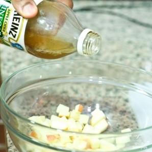 Салат из свеклы и яблок - фото шаг 6