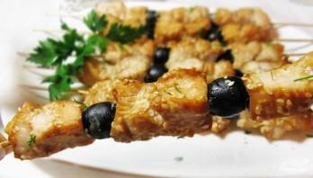 Куриный шашлык в соевом маринаде с маслинами - фото шаг 6