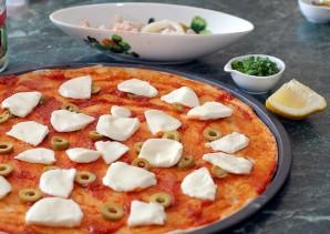 Пицца с кальмарами - фото шаг 4