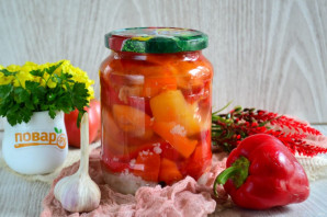Болгарский перец с чесноком на зиму - фото шаг 8