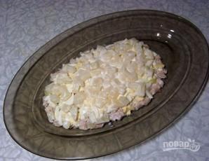 Салат из курицы, ананасов и яиц - фото шаг 5