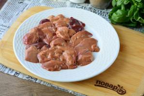 Куриная печень с болгарским перцем - фото шаг 2