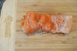 Лосось с соусом из горчицы и укропа - фото шаг 1