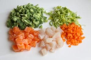 Суп из белой рыбы - фото шаг 1