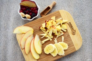 Датская овсянка с кусочками фруктов - фото шаг 3