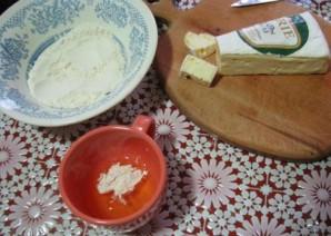 Жареный сыр бри в панировке - фото шаг 4