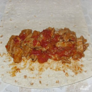 Буррито с мясом и авокадо - фото шаг 3