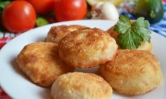 Пирожки-бомбочки с мясом - фото шаг 9