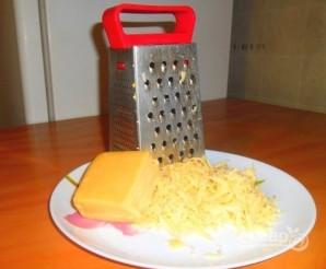 "Закуска на чипсах ""Гости на пороге"" - фото шаг 2"
