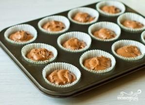 Шоколадные маффины с шоколадной крошкой - фото шаг 6