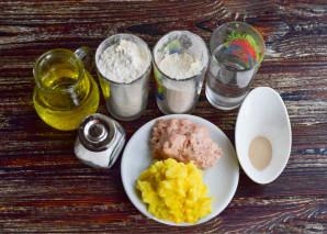 Беляши с мясом и картошкой в духовке - фото шаг 1