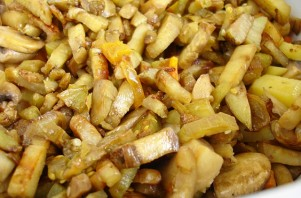 Рагу из кабачков с грибами - фото шаг 6