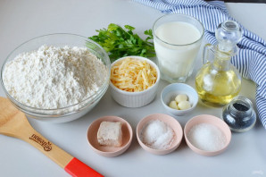 Багет с сыром и чесноком - фото шаг 1