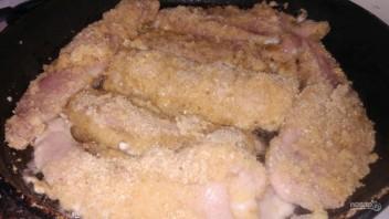 Молоки лосося в яйце и сухарях - фото шаг 3