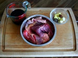 Тушенная в соевом соусе говядина - фото шаг 1