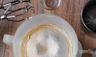 Простой рецепт тонких блинов на молоке - фото шаг 2