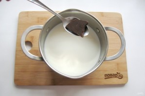 Шоколадный пудинг из манки - фото шаг 3