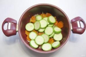 Баклажаны с кабачками в томатном соусе - фото шаг 3