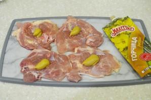 Куриные рулетики, запеченные в томатной заливке - фото шаг 2