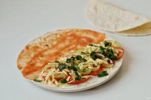 Тортилья с помидорами - фото шаг 4