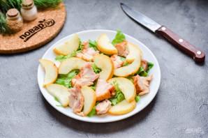Салат с копченой курицей и грушей - фото шаг 5