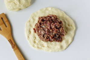 Мясной осетинский пирог - фото шаг 8