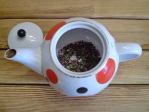 Чай из каркаде и мяты - фото шаг 4