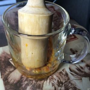 Чай с облепихой и имбирем - фото шаг 2