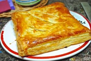 Слоеный пирог с сыром и колбасой - фото шаг 5