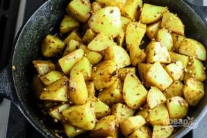 Картофель с чесноком - фото шаг 5