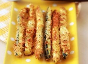 Кабачковые палочки в сырной панировке - фото шаг 4