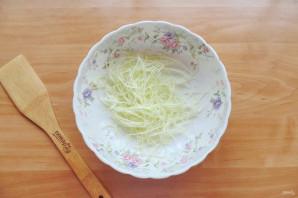 Китайский салат с крахмальной лапшой - фото шаг 2