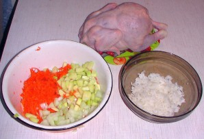 Курица в рукаве, фаршированная рисом - фото шаг 2