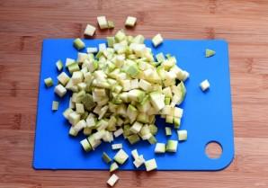 Орзо с кабачком в сливочном соусе - фото шаг 1