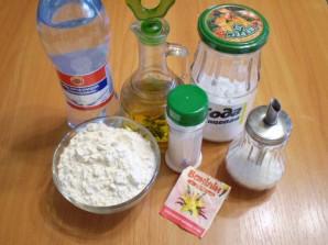 Тесто на минералке - фото шаг 1