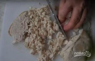 """Салат """"Аура"""" с курицей и грибами, без майонеза - фото шаг 1"""