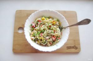 Крабовый салат без яиц - фото шаг 9