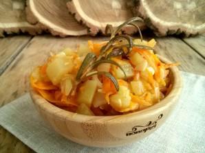 Кабачки тушенные с морковью и луком - фото шаг 5