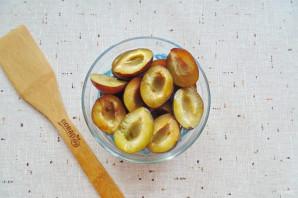 Варенье из яблок и слив в мультиварке - фото шаг 4