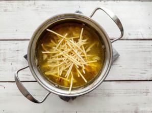 Суп с лапшой и куриными сердечками