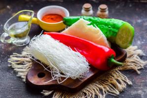Салат из фунчозы и капусты - фото шаг 1